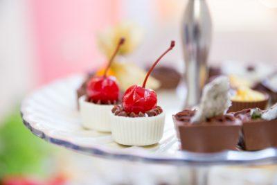 bombom-de-chocolate-com-cereja-cardaprio-buffet-paulinelli